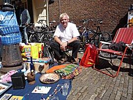 Erik op de vrijmarkt in Utrecht