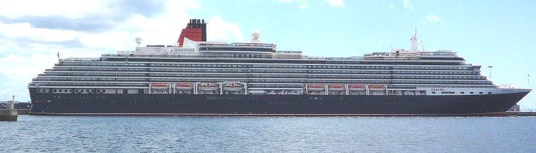 De Queen Victoria bezoekt Arrecife