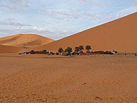 Tentenkamp in de woestijn