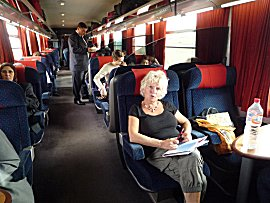 Met de eerste klas trein van Marrakech naar Fes, 7 uur treinen voor Euro 28,-pp.