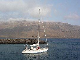 De I Li en de bemanning van Kauri verlaten Graciosa