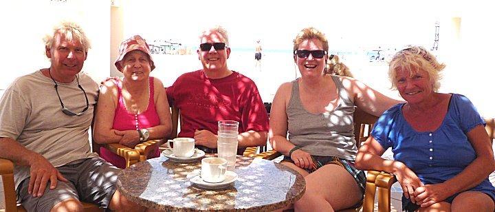Pieter, Trudy en Ma Slim op bezoek op Boa Vista