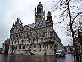 Even de toerist in eigen land, stadhuis Middelburg