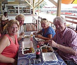 Surinaams eten bij de Waterkant.