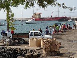 Kade bij haven van Palmeira